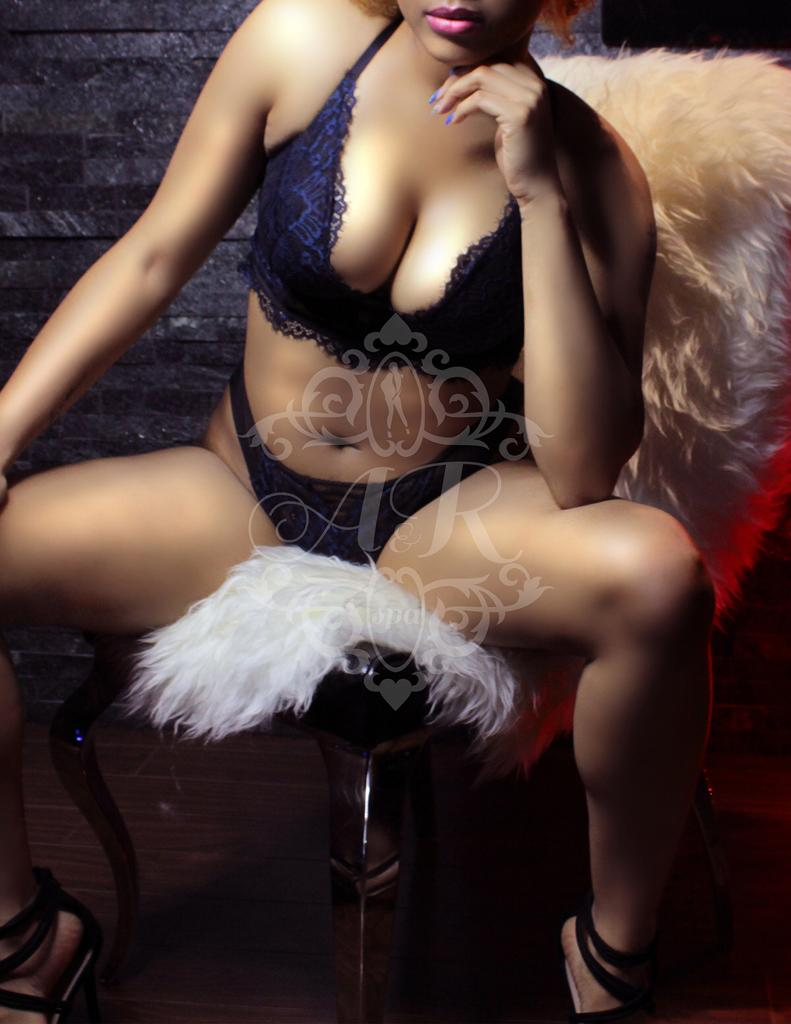 ★★•TONGUEDAY- TUESDAY•★(( 416 760 8555 ))★WILD•SEXY STUDENTS•★• ONLY-HERE★ YOU-SELECT-YOUR-PREFERENCES★CHOOSE-YOUR-CUP-TEA★ Location: 3631 Dundas st west Toronto