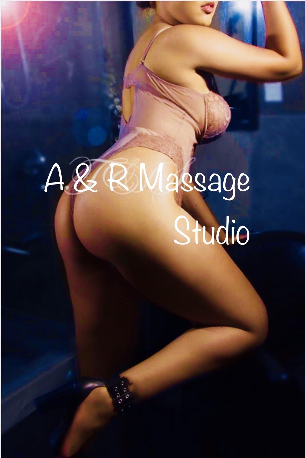 ★* UltimatePlaymate.com *★★•NAUGHTY ★•CUM MAKE YOUR CHOICE •★ NO RUSH •★FEEL ROYAL •★A&R MASSAGE STUDIO-416-760-8555